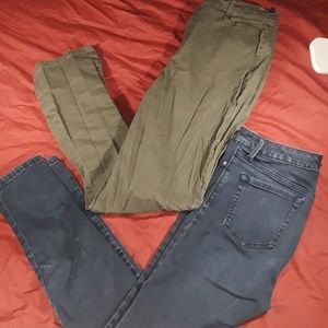 2 pair of Gloria Vanderbilt pants and jeggings